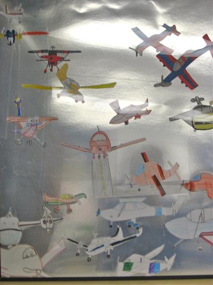 Kid's drawings light planes